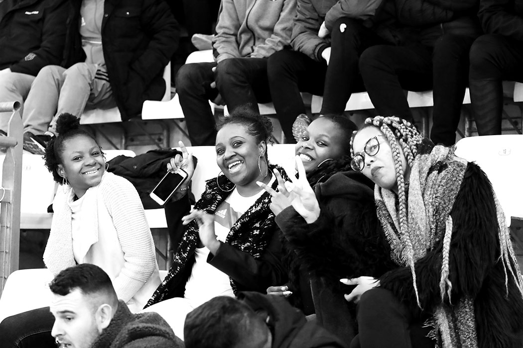 OM-SUPPORTRICES021